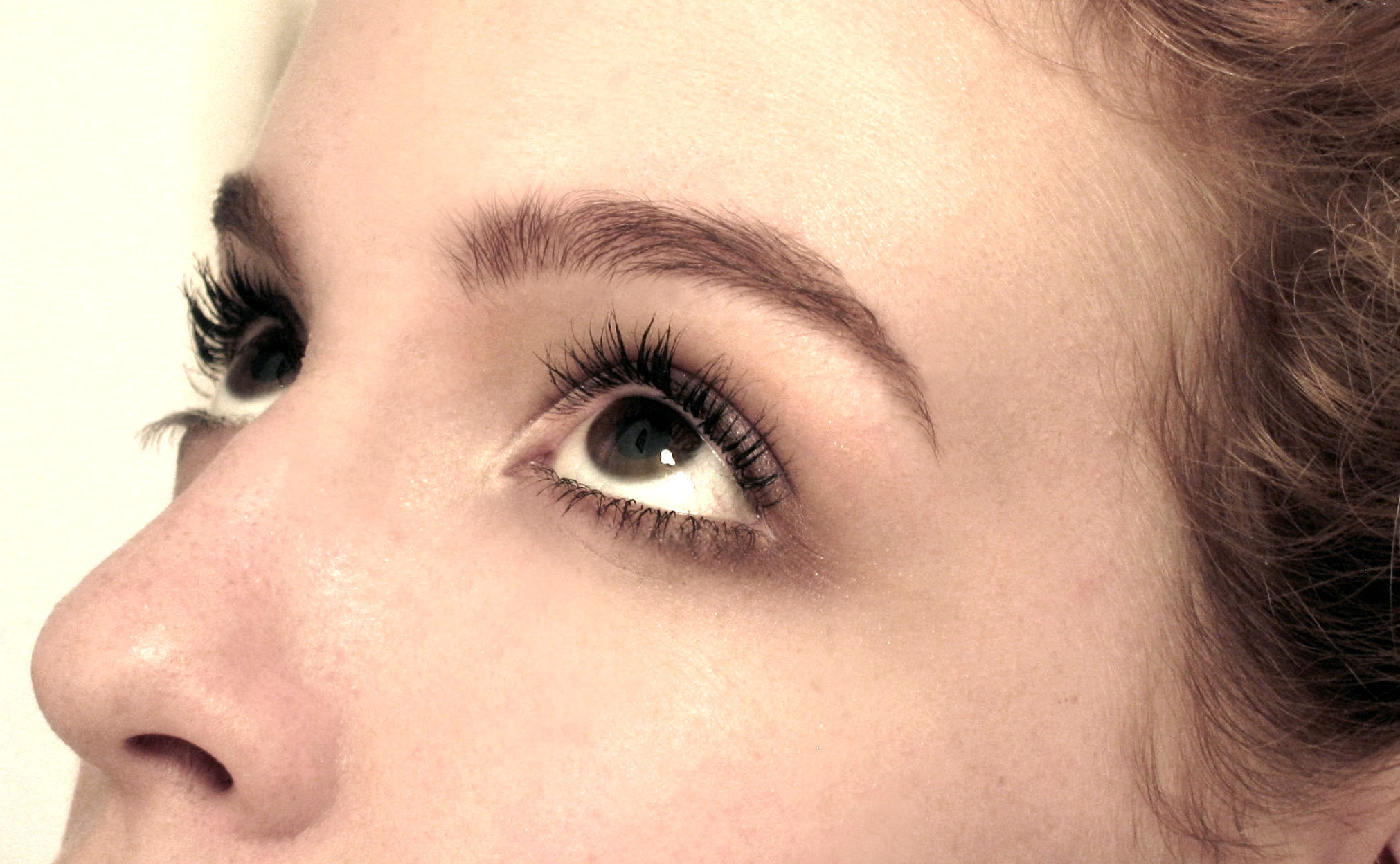 Brows Threading